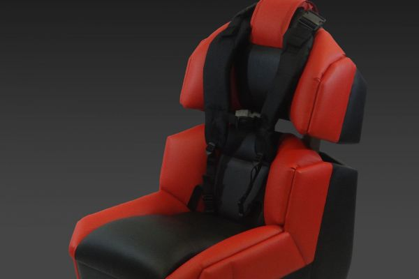 GS-Cobra motion simulator, red and black upholstery